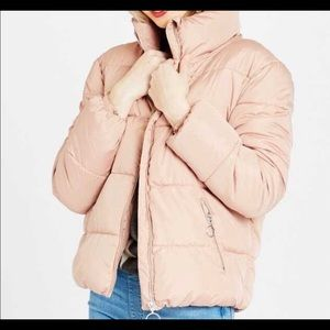 Pink puffer new with tags!